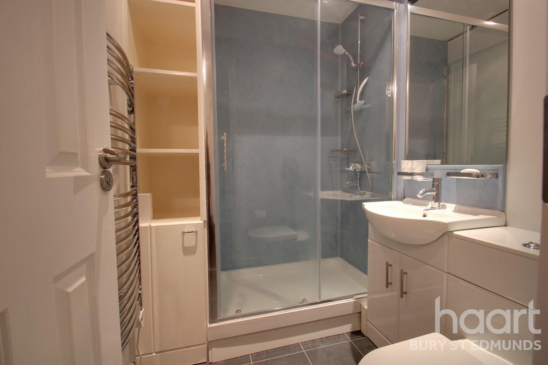 446 abbey rd, mount tremper, ny 12457 3 bed, 2 bath single.