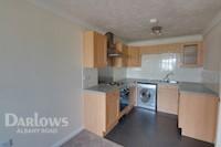 Living Room/Kitchen  9ft 8ins x 21ft 2ins (2.95m x 6.45m)