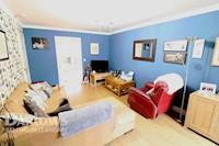 Living Room 18ft 4 x 11ft 0 (5.59m x 3.35m)