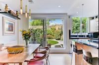 Living Room/Kitchen 25ft 5 x 15ft 11