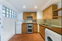 Kitchen  9ft 3ins x 7ft 3ins (2.82m x 2.21m)