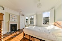 Bedroom  15ft 3ins x 14ft 1ins (4.65m x 4.29m)