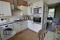 Kitchen/Diner 12ft 7ins x 9ft 8ins (3.84m x 2.95m)