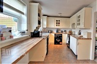 Kitchen / Breakfast Room 8ft 0ins x 14ft 4ins (2.46m x 4.3