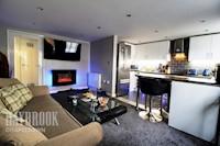 Lounge 4.7m x 2.9m
