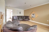 Living / Dining Area 16ft 2ins x 14ft 2ins (4.94m x 4.32m)