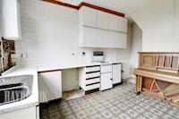 Kitchen / Diner  11ft 5ins x 11ft 10ins (3.48m x 3.61m)