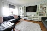 Open Plan Lounge. 4.25m x 3.39m