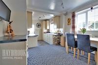 Lounge/Diner 16ft 9ins x 12ft 4ins (5.11m x 3.77m)