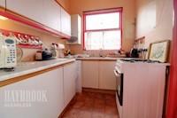 Kitchen 2.50m x 2.12m