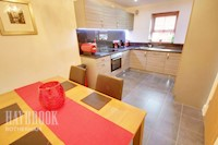 Dining/Kitchen  15ft 4ins x 9ft 4ins (4.67m x 2.84m)