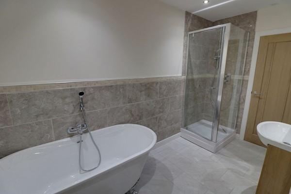 Lounge/Open plan Kitchen 4.82m x 4.55m