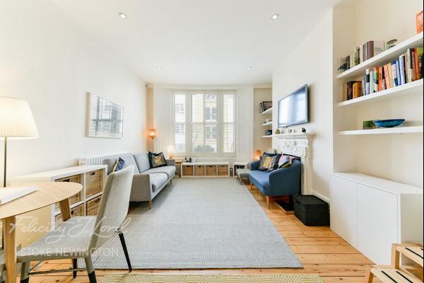 Living Room / Kitchen  25ft 9ins x 12ft 9ins (7.85m x 3.89